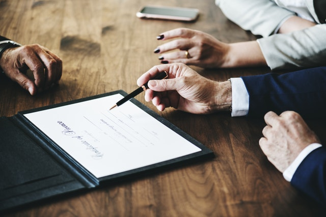 Steps To Take When Looking For Divorce Lawyers
