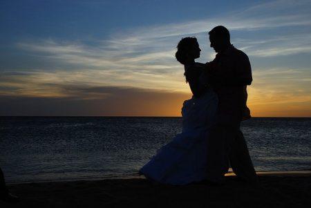 Can a wedding photographer lose the photos?