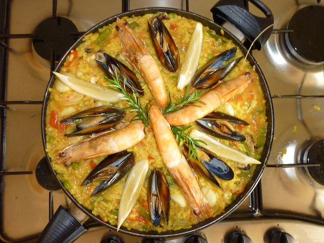 paella in a bowl
